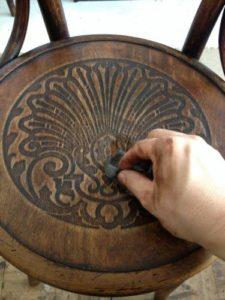 アンティークの修理の基本中の基本!アンティーク家具ベントウッドチェアの木部ぐらつき修理、塗装直し(再塗装)11