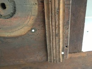 フランスアンティーク家具ダイニングテーブルの修理。脚と天板の木部修理、リペイント(アンティーク仕上げ)2
