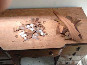 イギリスアンティーク家具ドレッシングテーブル(鏡台)の修理。天板付き板張り直し その1 アンティーク家具の修理、修復、カスタムの実例ご紹介!!2