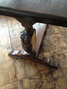 アンティークリフェクトリーテーブル修理1
