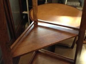 アンティークのコーナーシェルフ(棚)の締め直し、再塗装の実例11