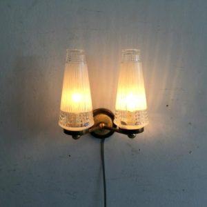 ヴィンテージ 2灯ウォールランプ/ブラケット//壁付け照明/フランス F6 です。